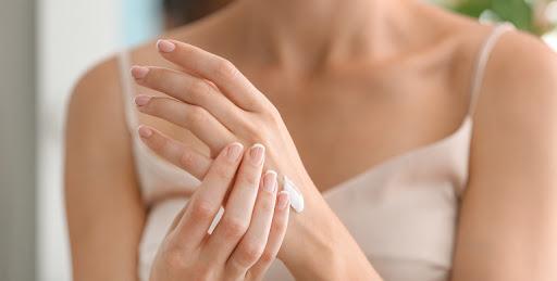 De belles mains au quotidien : les conseils beauté