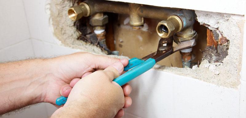 Fuites à la maison : comment les repérer et les réparer !
