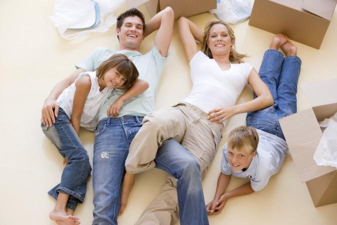 Avant de déménager – choisissez le bon quartier et l'école pour votre famille