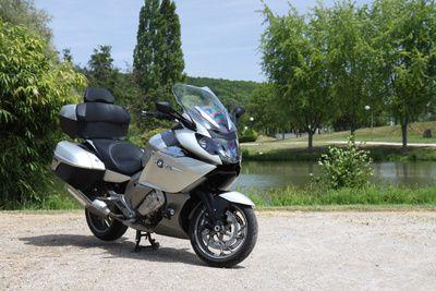 Taxi moto à Orly : le réflexe pour gagner Paris rapidement !